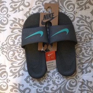 NWT Mens Nike Sandals